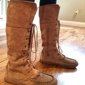 Ugg Moccasin Boots